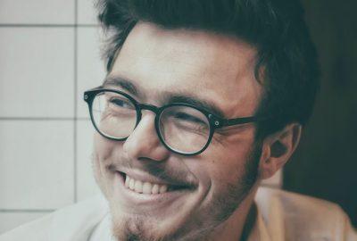 Akuttandvård för att återställa leendet